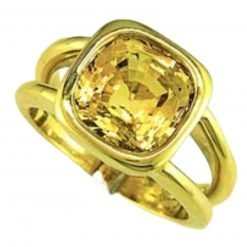 Excellent Eyeclean 5 Carat yellow Sapphire Ring In 18k Gold