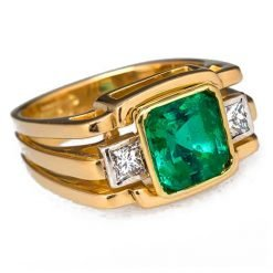 3.75 Carats Certified Emerald Diamond Ring made with 18k Solid Gold