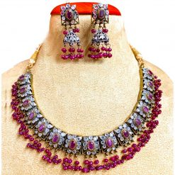 Vintage Design Ruby Chick Necklace with Earrings