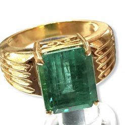 High Quality 18k Gold Emerald Ring